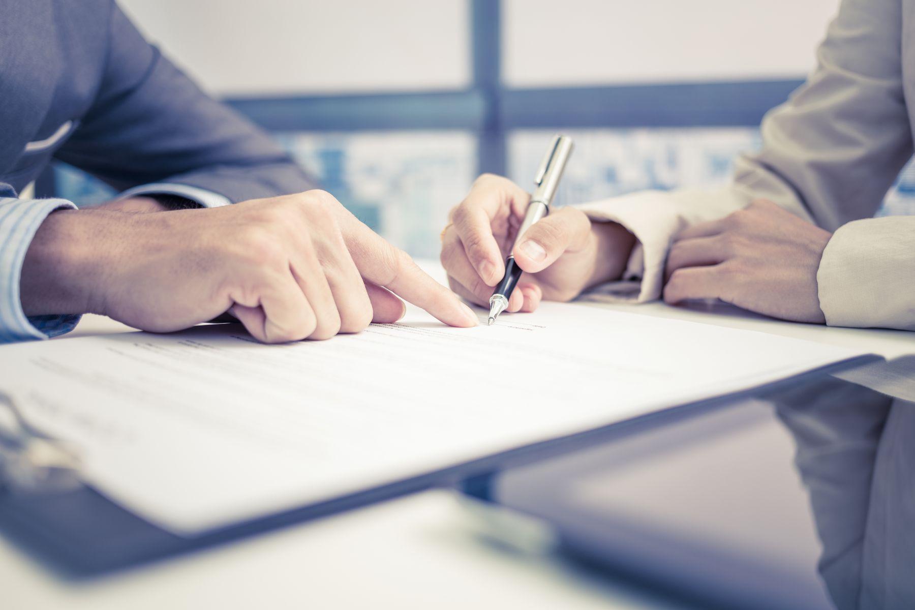 又爆南山業務員代保戶簽「申請書」 金管會要求撤回