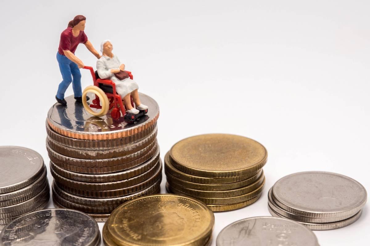 健保費元旦調漲至5.17% 上班族平均每月多繳63元 陳時中:2022年不調漲