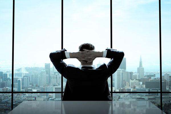一做23年,竟在46歲被開除...再幸福的企業,都不應該把整個人生託付給它