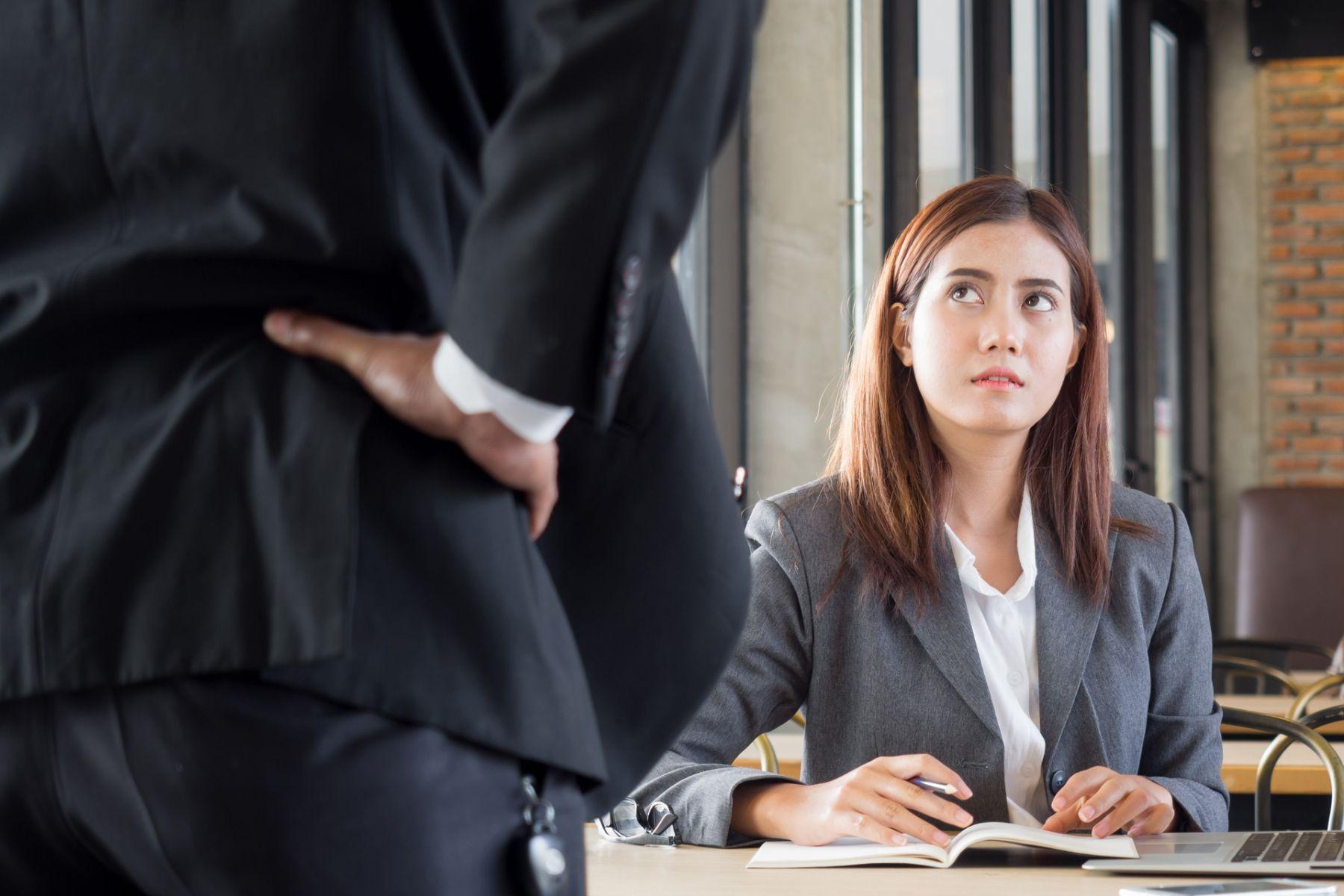 老闆是工作狂,要你也奉陪,你能說不嗎?專家教你如何堅守原則