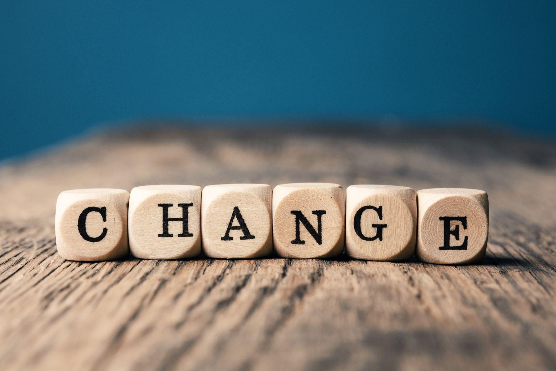 「改變自己很痛苦,但不改變自己會吃苦!」改變自己的人,終將強大