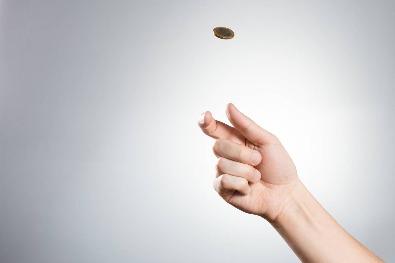 丟硬幣出現正面或反面的機率是1:1嗎?