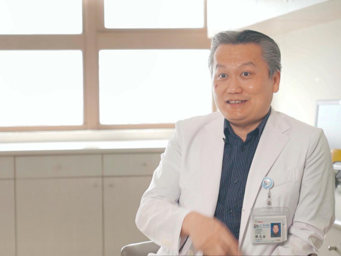 從神經質、大炮到暖醫 網紅醫師陳志金:我有在「帶風向」!