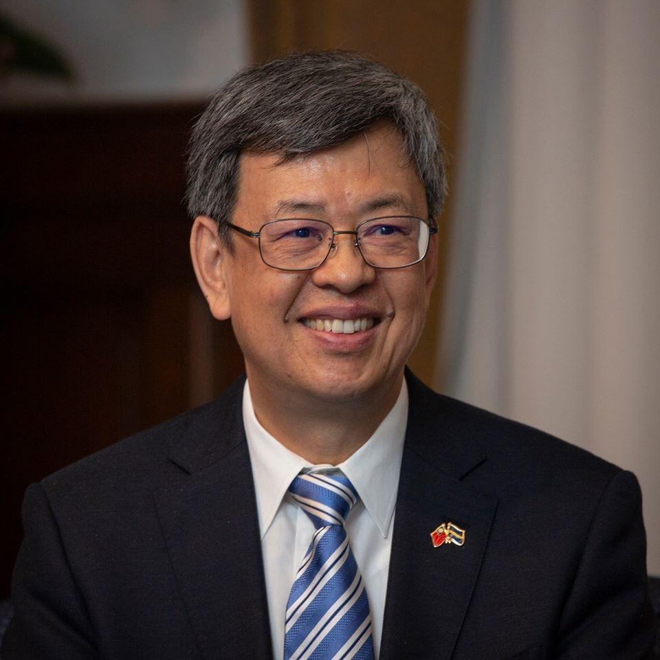 日媒讚「天才IT大臣」 陳建仁:唐鳳是防疫國家隊靈魂人物之一