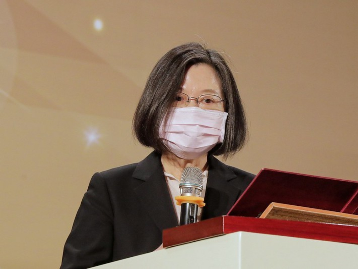 中國製口罩混充國家隊 蔡英文:感謝藥師公會第一時間通報
