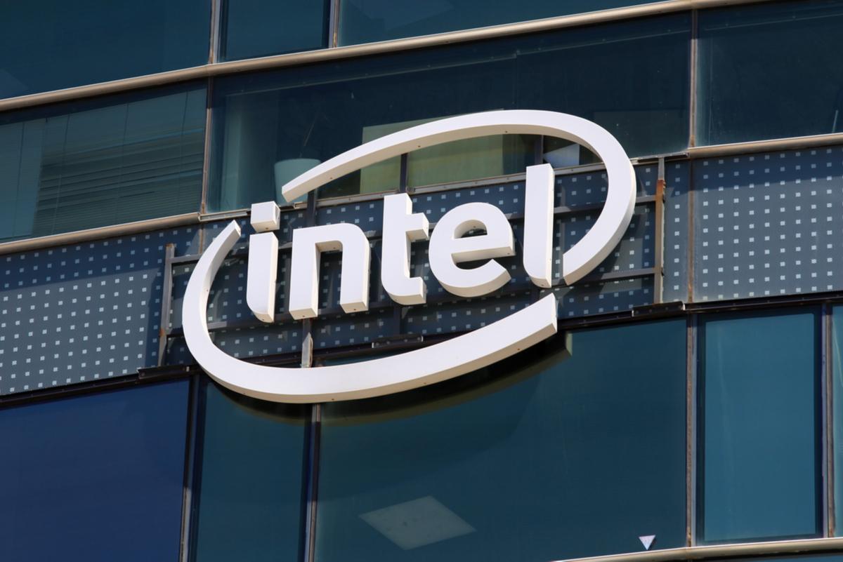 Intel股價重挫跌逾1成 謝金河:2016被台積電超過後...就再也沒追上了!
