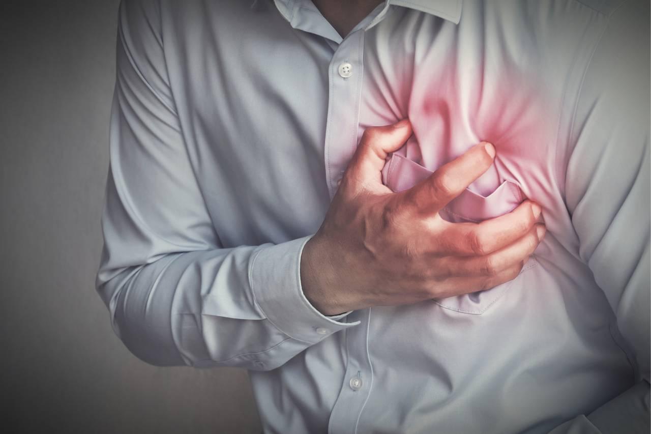 「心肌梗塞」突然找上門怎麼辦?!醫曝從「這數值」降低猝死風險  3種「壞膽固醇食物」少吃