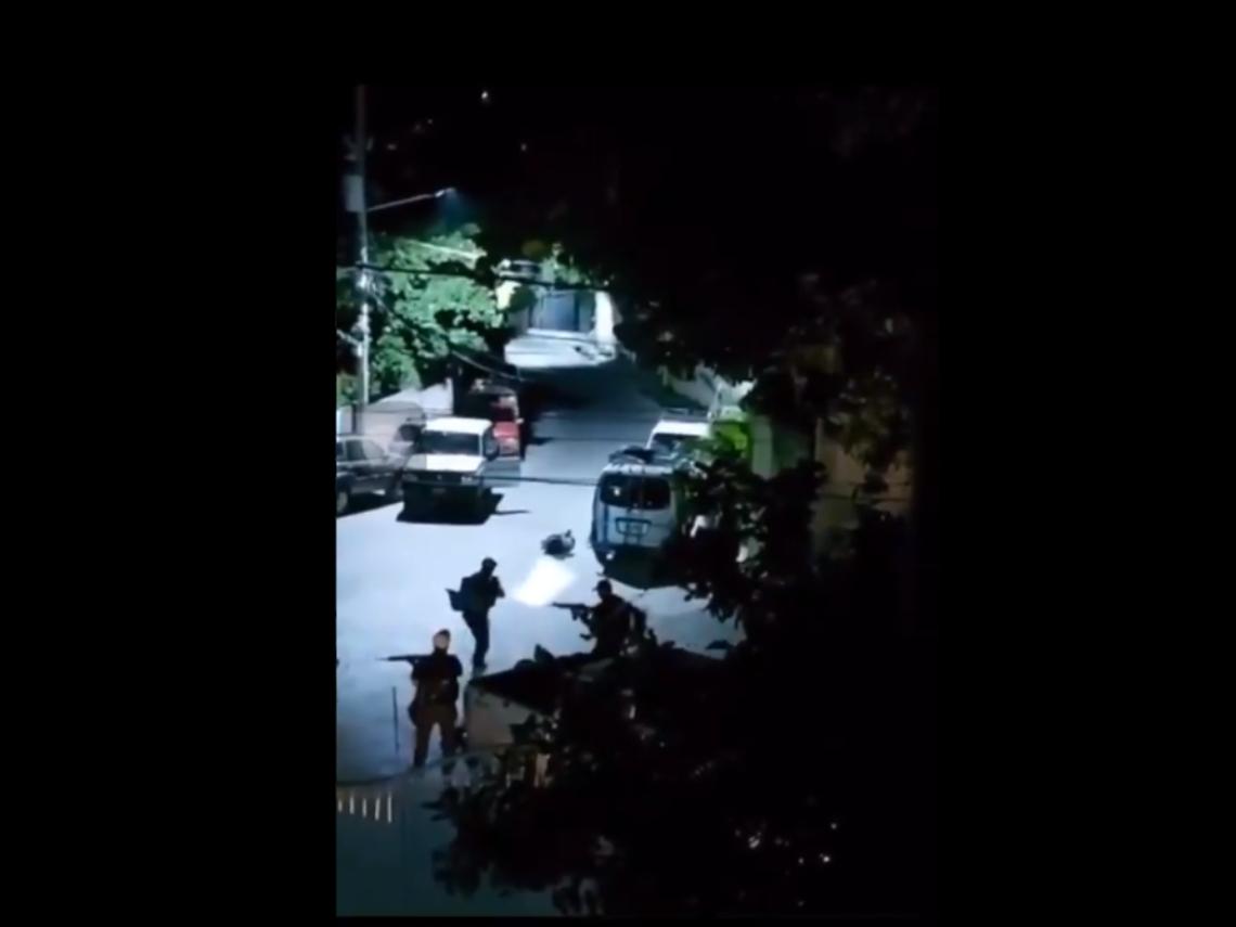 (有片)暗殺小隊夜襲刺殺海地總統 私人住宅外集結行兇前畫面曝光
