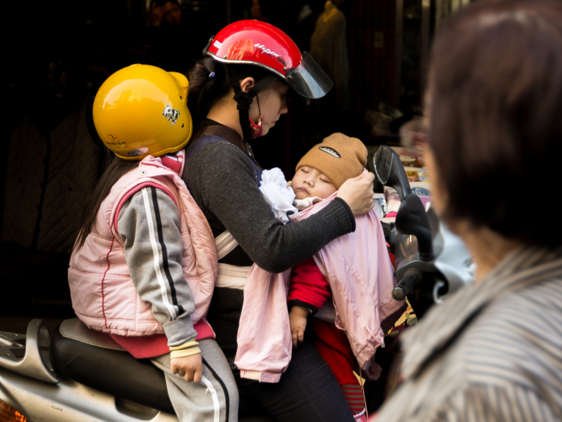 台灣出生率將全球墊底?關鍵出在「外配」上 她:別扯房價!價格越跌大家更不會買