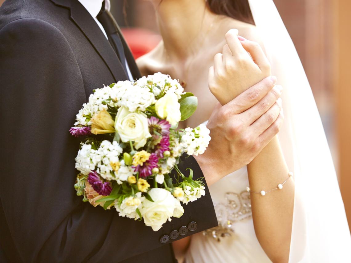 傻眼!行員37天內結婚4次請32天婚假 銀行不准假遭罰
