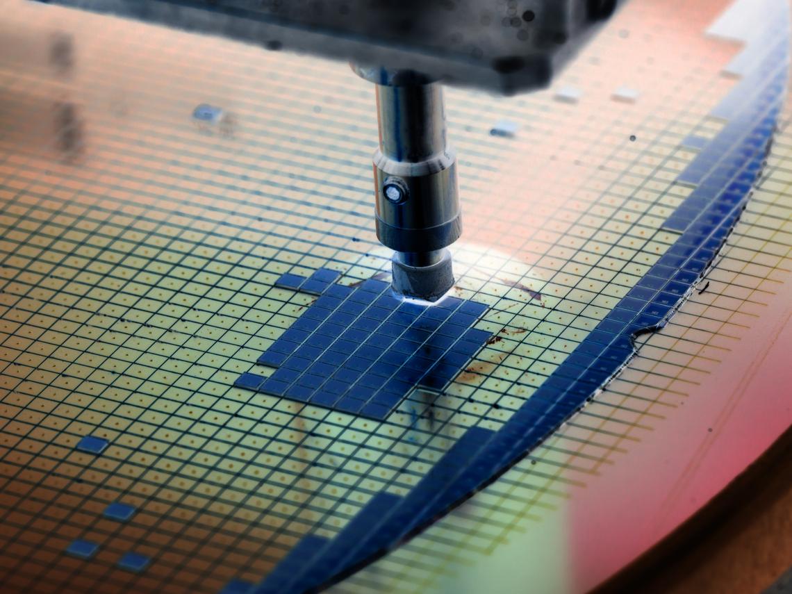 晶片大缺貨 IC設計三強接單到一年後