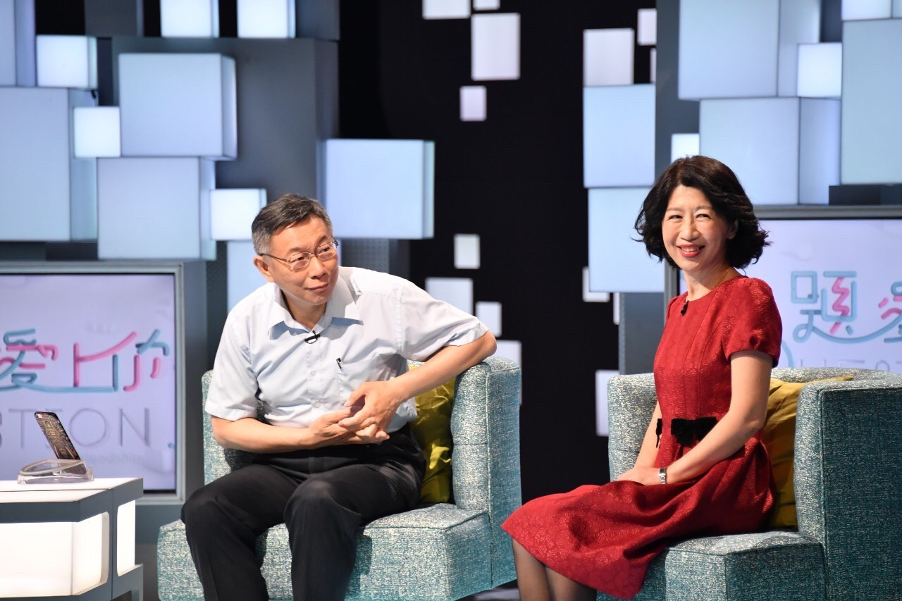 逆時中引發兩女戰爭!陳佩琪指簡舒培「要市長跟我離婚?」 王浩宇參一腳:關市民屁事