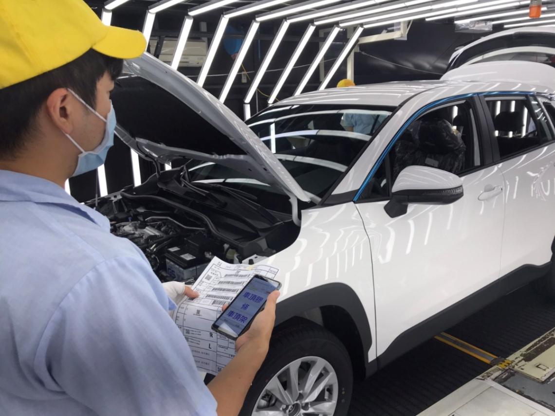 誰說國產車等於爛車!專做神車的TOYOTA台灣車廠36年首度開箱,竟是為了高嘉瑜的一句話