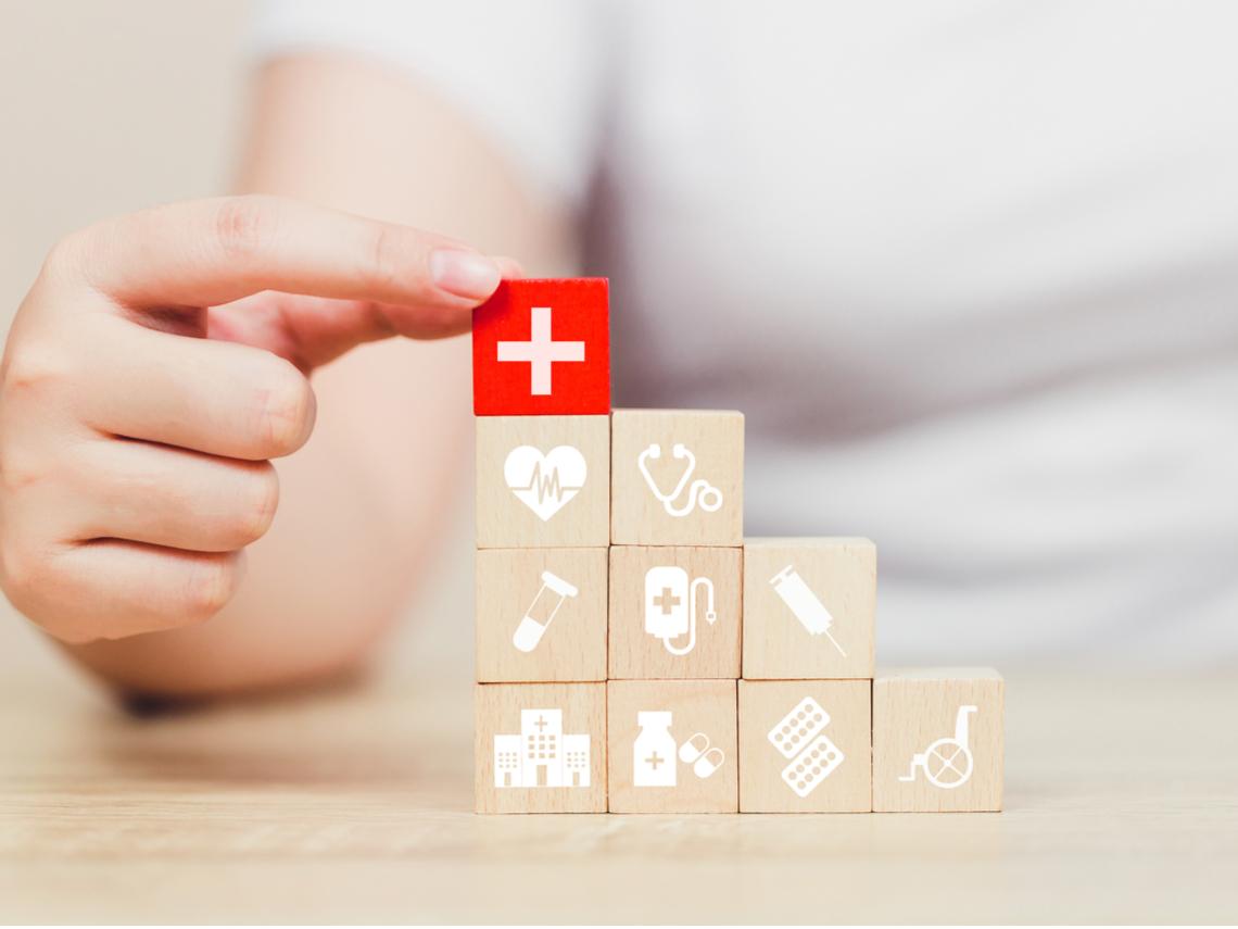 46歲買長照險會太遲嗎?專家告訴你:幾歲開始買長照險最適合