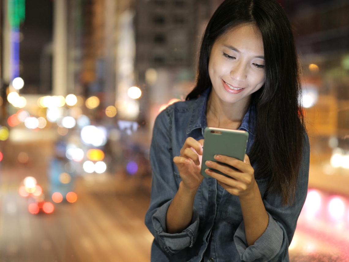 都什麼年代了,聊天還在打= =、XD?傳訊息有這10個習慣代表你老了
