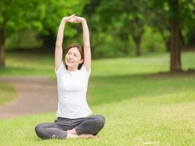 更年期後頻尿、漏尿,是老化前兆!40歲起抗衰老,白雁:1個動作助身體回春