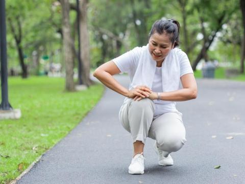 腿腳無力、膝蓋痠軟,是老化警訊!白雁:40歲後的關節保養,選對運動很重要