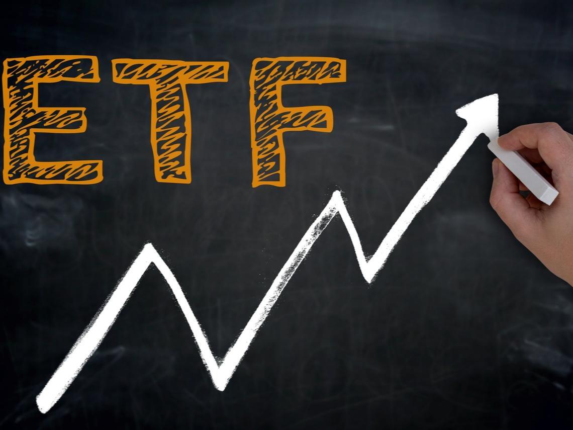 不甩股災!這檔ETF單季狂吸236億  一表看懂哪20檔ETF悄悄在長大