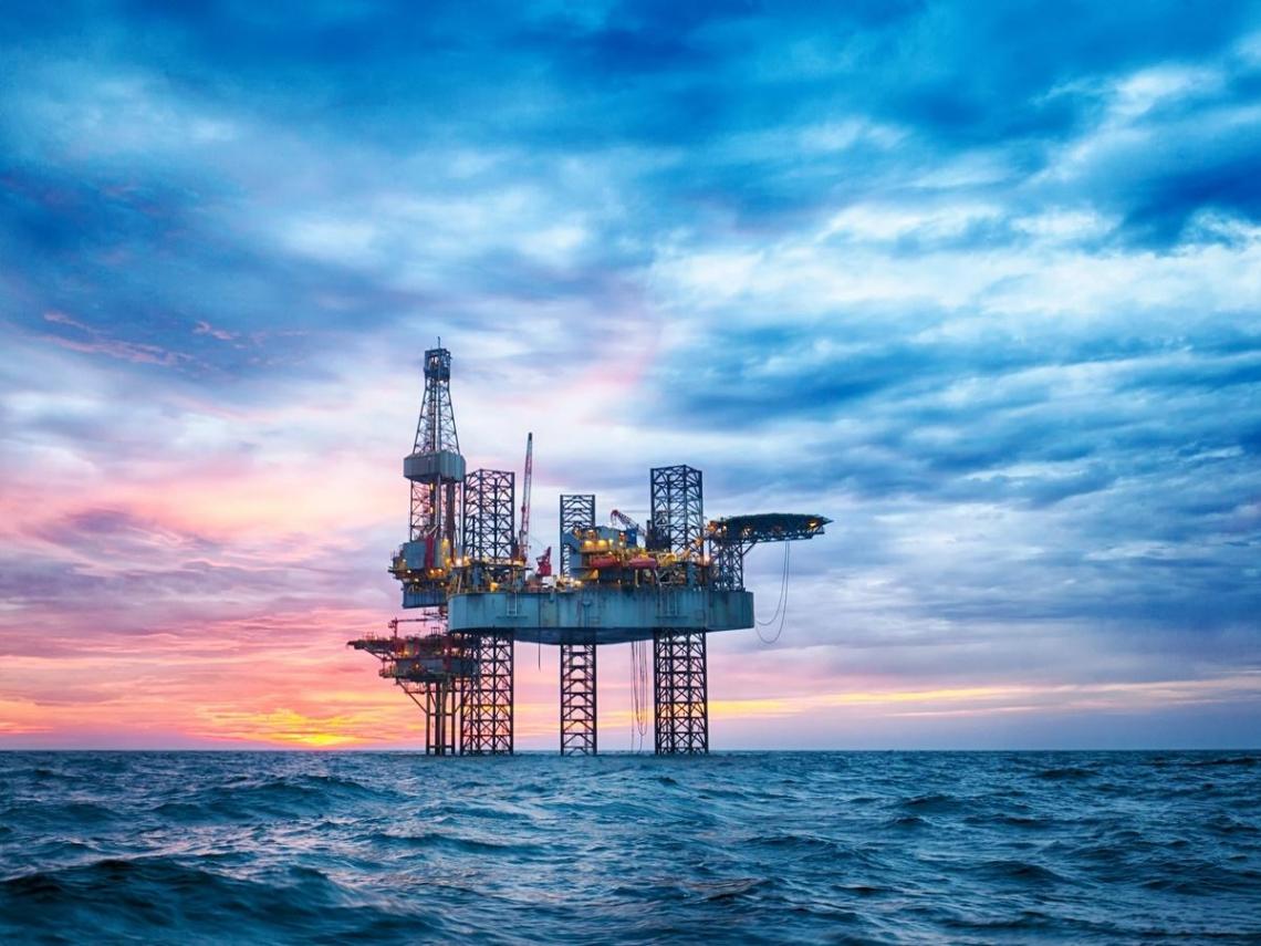 原油期貨跌到負37美元、5分鐘內狂跌23美元,背後究竟發生什麼事?