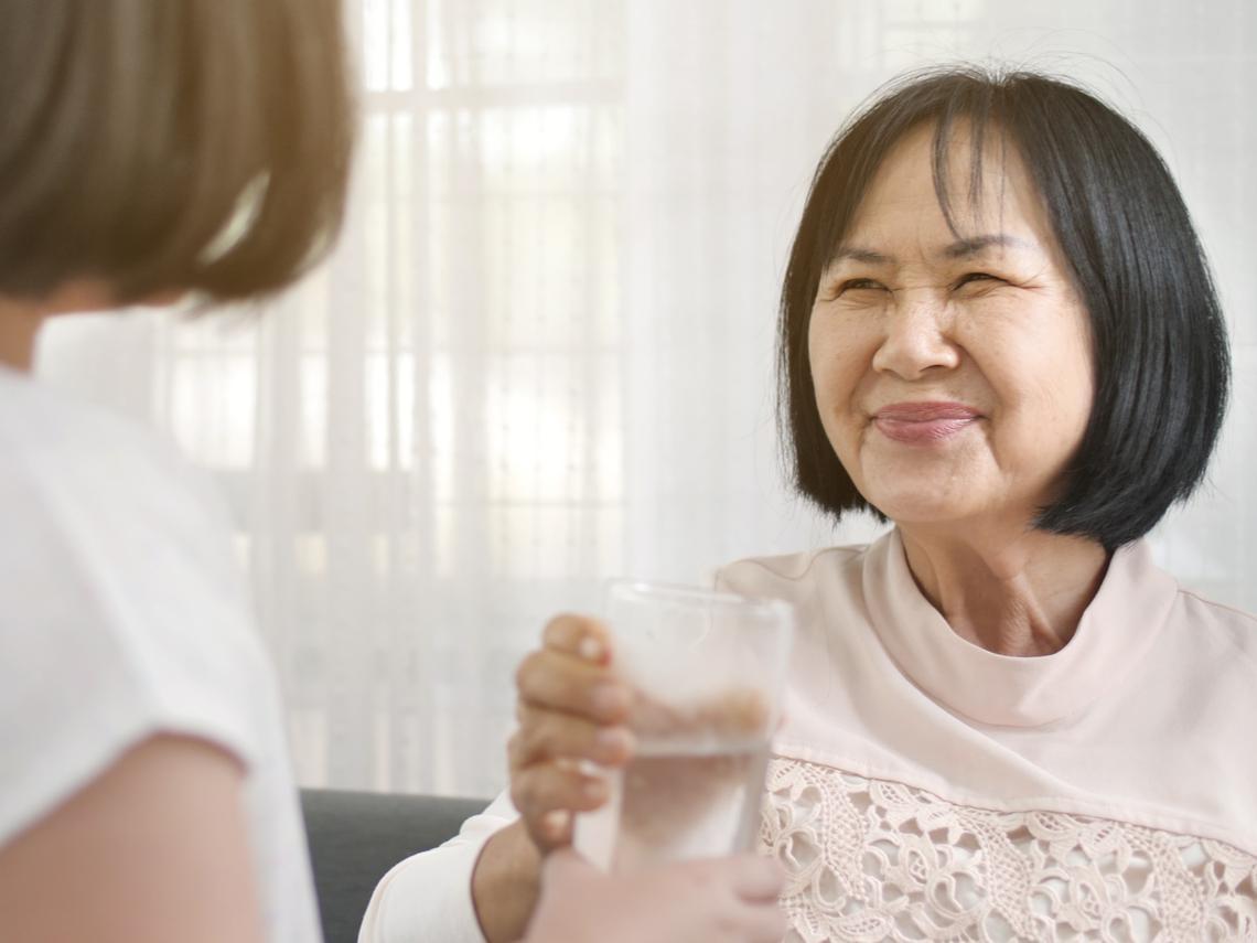 婚前答應搬出去,婚後暗示先同住...新婚小夫妻買房,比「長輩意見」更重要的事