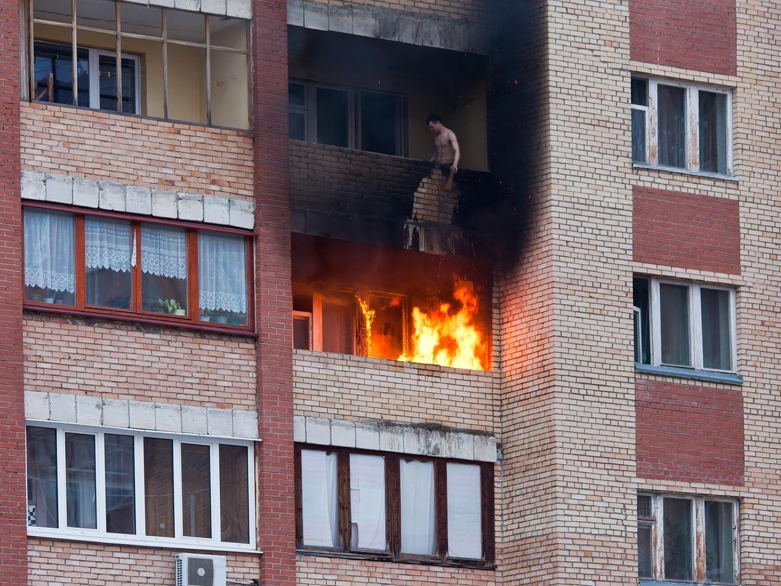 90%火場罹難者,死於5層樓以下建築物!為什麼透天厝最容易發生火災?消防員親授關鍵保命絕招