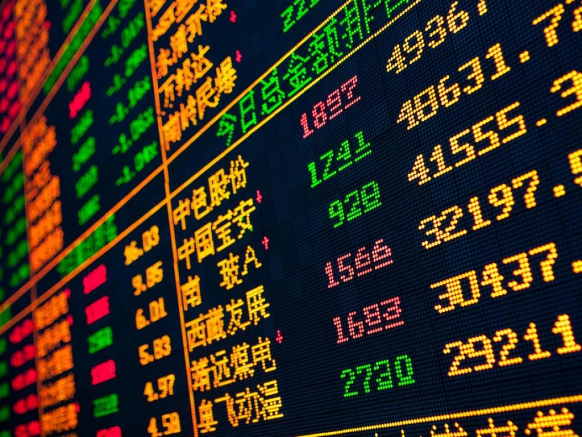為何美國經濟崩、股市卻漲?克魯曼:有深層原因