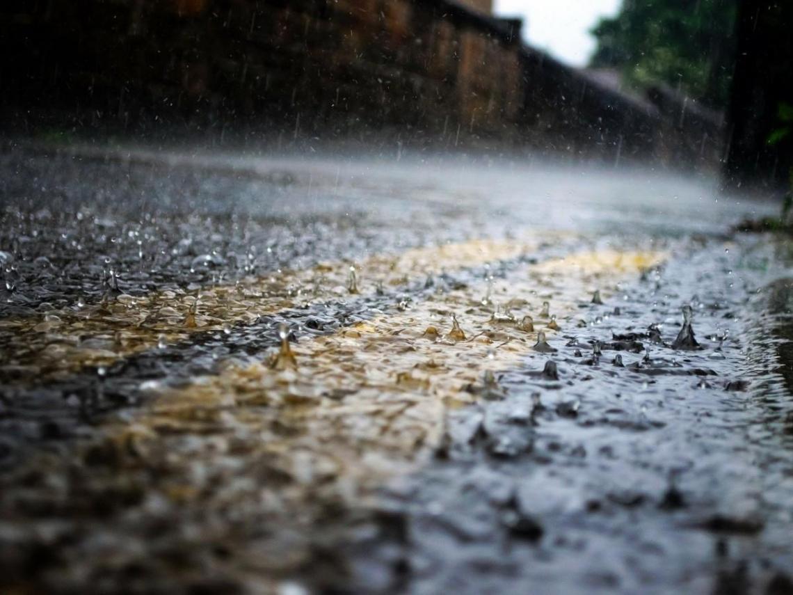 17縣市豪、大雨特報 吳德榮:滯留鋒恐帶來「致災性大量降雨」