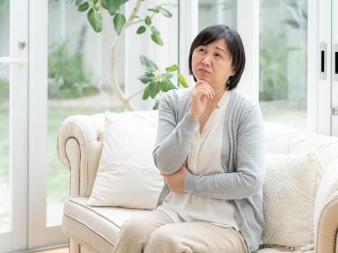輕微咳嗽,卻已肺癌末期?50歲後注意,肺癌初期無症狀,4種人儘早檢查