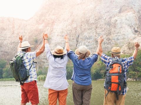 出門玩「蹲」不下去,人生就少了樂趣!拒絕肌少症,你需要4個重要處方