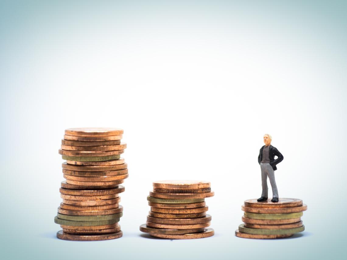 「我怎麼可能用現金去買不動產!」富商的一頓痛罵,讓我察覺有錢人致富關鍵