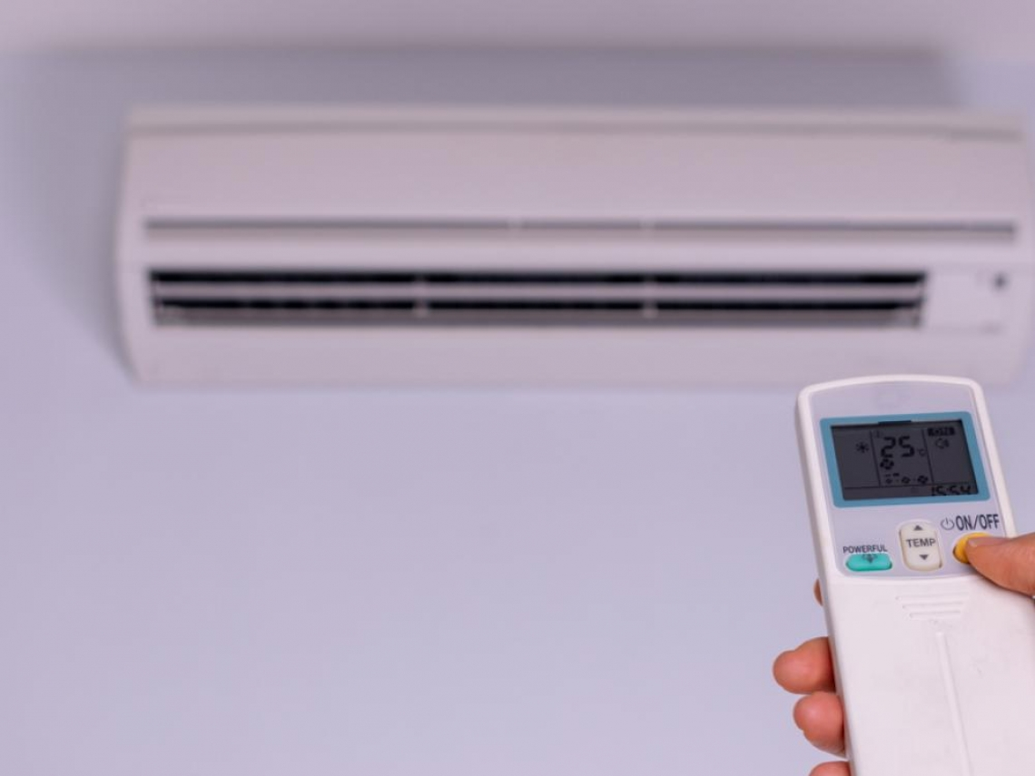 冷氣吹整晚,選「舒眠模式」更省電!達人傳授6招:夏天開冷氣也不傷荷包