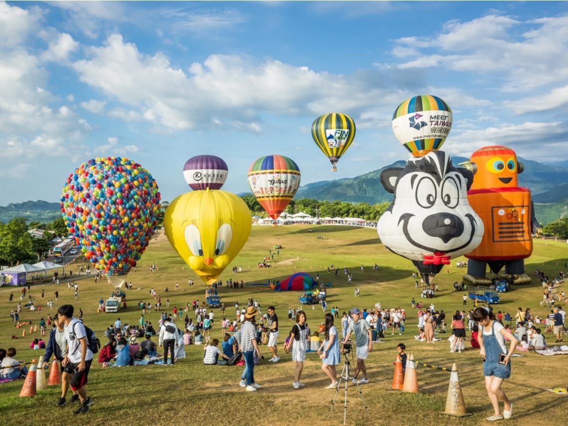 振興旅遊懶人包》25家主題樂園免費玩、台灣觀巴2人同行1人免費、最高2千元住宿補助一次整理