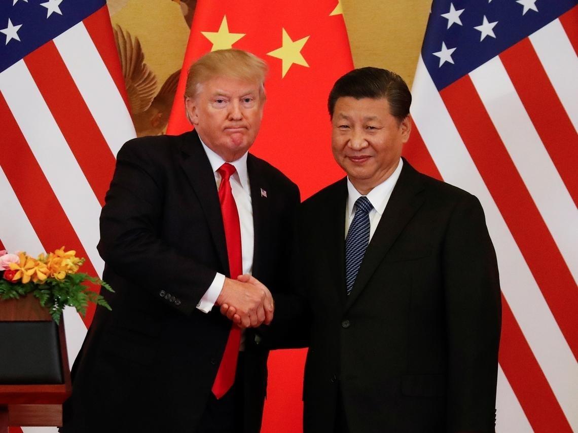 「以麥克筆尖和辦公桌喻台灣及中國」川普遭爆為連任向習近平求情