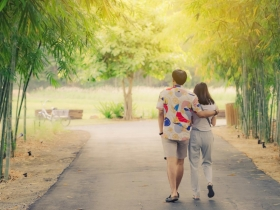 婚姻的轉變,會使得你愈來愈好!50歲後夫妻默契會改變,婚姻也要重新開始