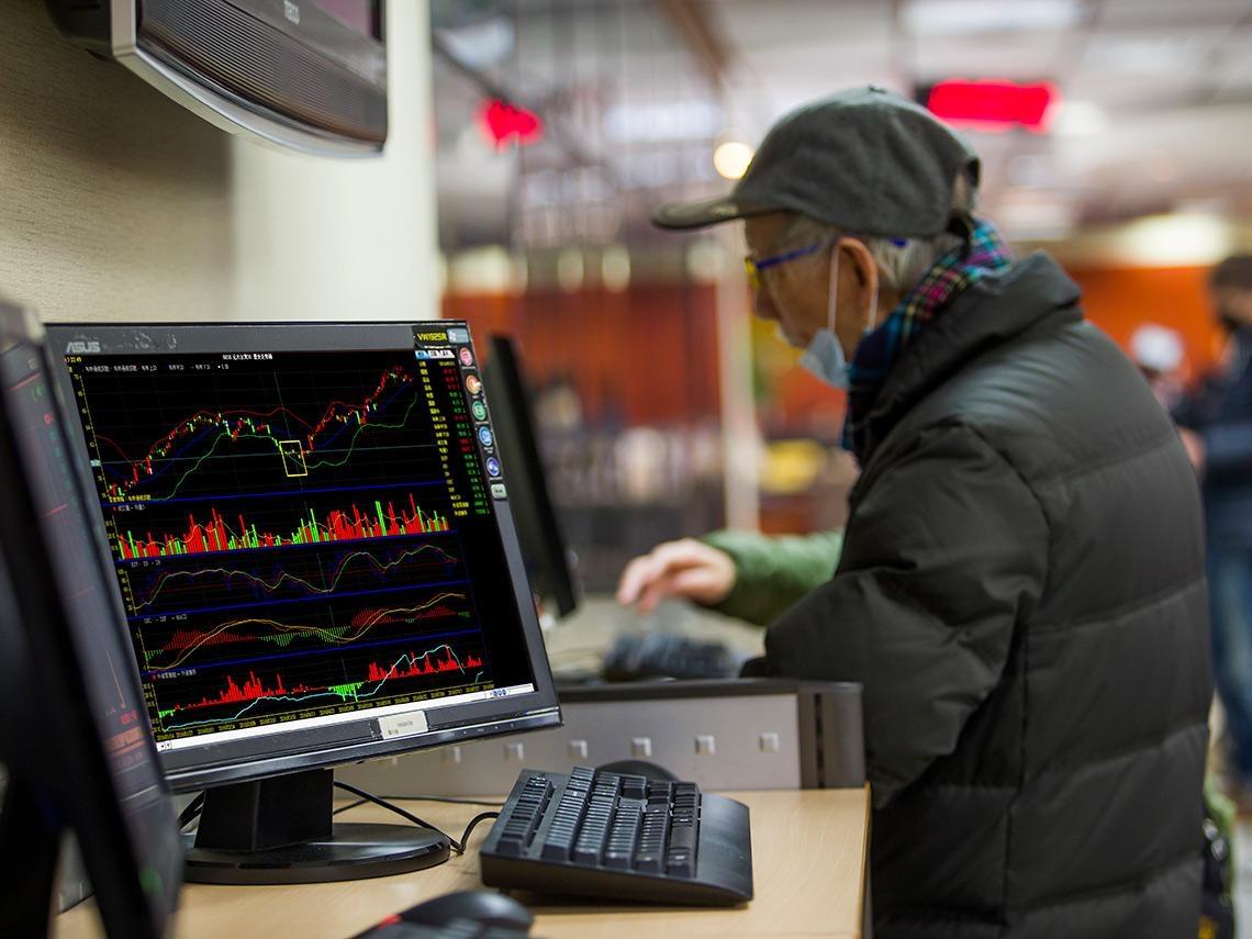 儲蓄險退場 更要學會理財 混搭配置打造高耐震組合