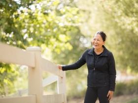 活化大腦、讓免疫系統更年輕!適合熟齡族的9大運動,膝蓋無力也做得來