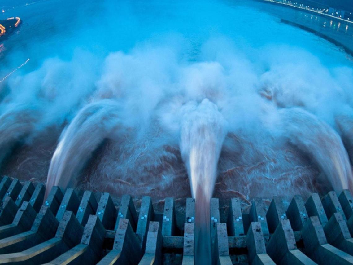 「寧淹百姓也要保壩!」三峽大壩超級洩洪照曝光 長江洪災遭爆「根本是人禍」