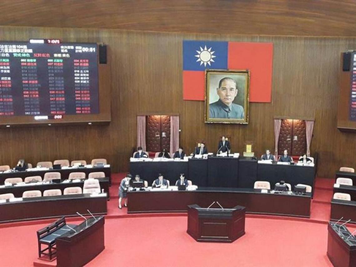 國民法官法完成二讀 國民法庭2/3席次判生死