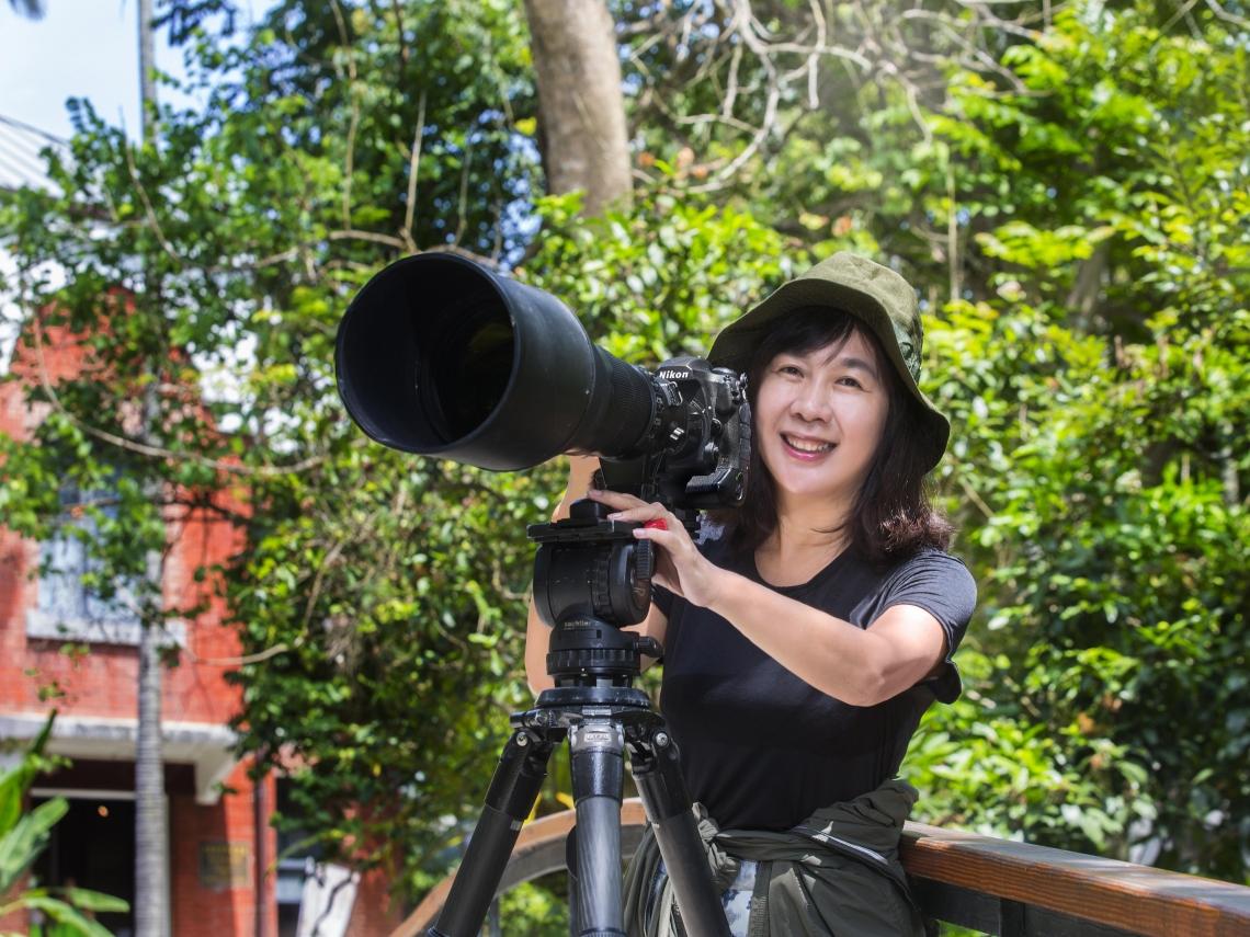 四處旅行拍鳥趣,第二人生正精彩!鳥類攝影家蔡蜜雪:生命短暫,找到興趣後,珍惜每一天