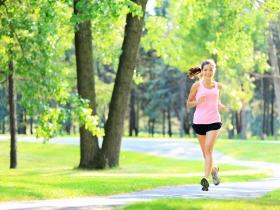 瓶蓋轉不開,小心罹患肌少症!營養師:有效的運動及4種飲食是預防的關鍵