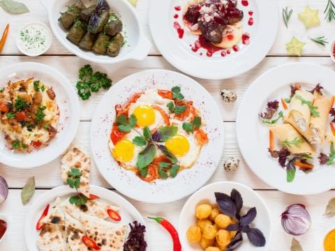 每一種食物,都成為精緻寶物!用美的5種方式吃出健康,是50後生活最大樂趣