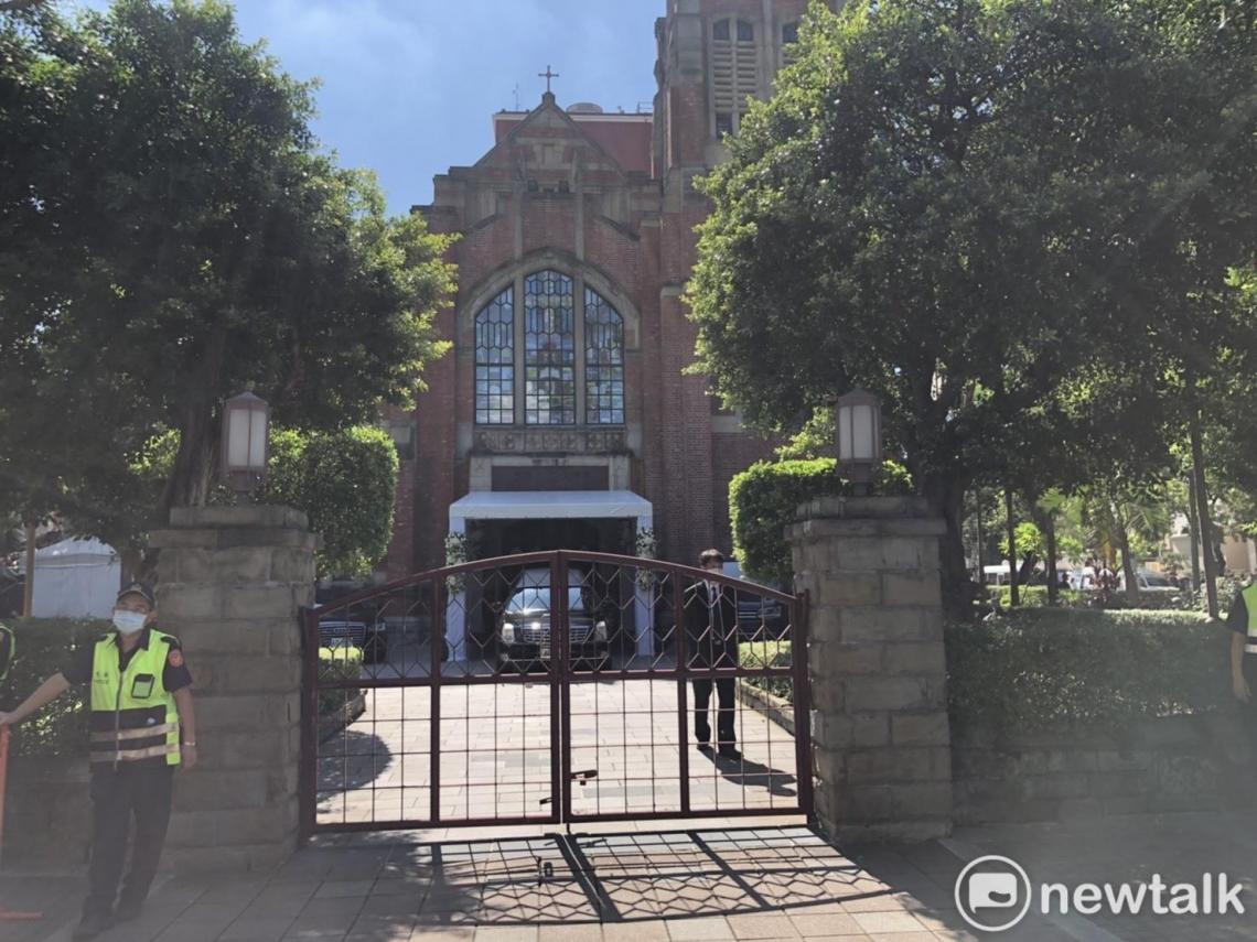 李登輝入殮安息禮拜10點開始 濟南教會比照國葬鐘聲21響