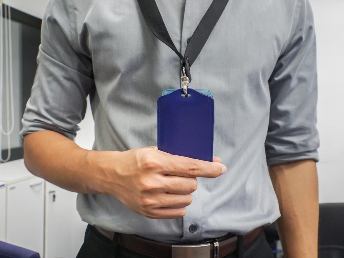 勞動律師給老闆的忠告:員工老是早到晚走別高興得太早,這條規定可能讓你賠很大