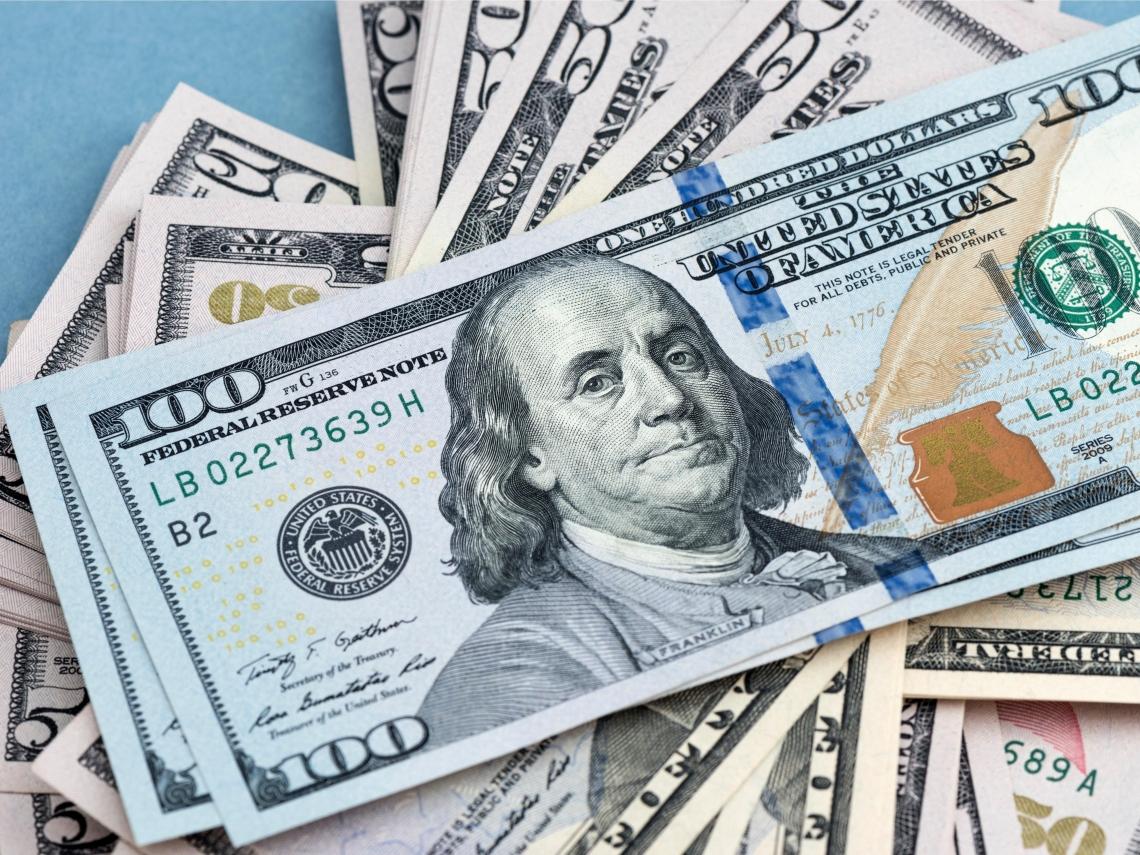 新台幣兌美元出現28字頭可以買嗎?專家說「這樣」買美元最聰明,勝率逼近百分百