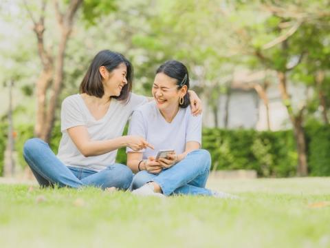 50後,別再享受「讚」的快感!5種過度社交是負擔不是加分,快開啟朋友圈瘦身之旅