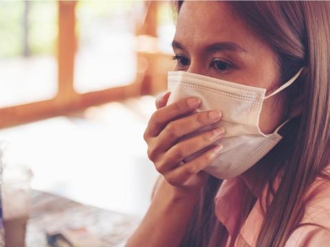 發燒咳嗽不一定是感冒!醫師:淋巴癌病徵6字訣記下來,避免誤判拖延