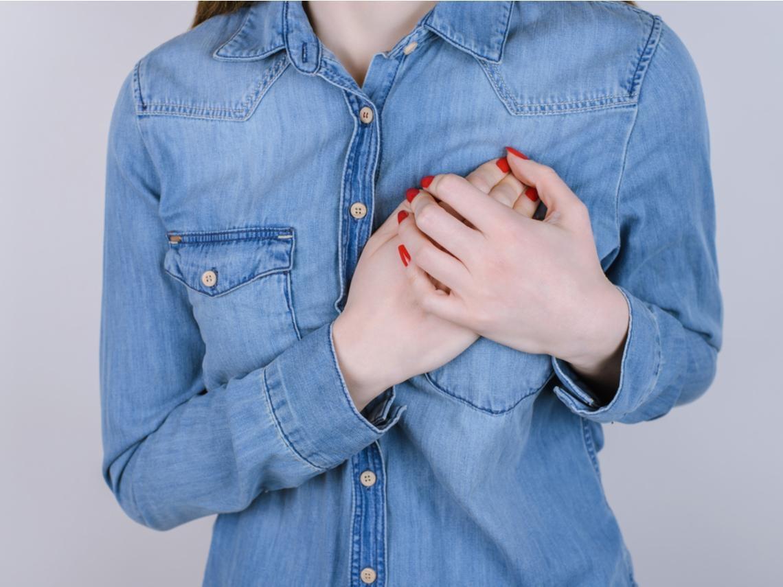 40歲以上是乳腺癌的高發年齡!每次月經來就胸痛?練這招預防乳腺增生