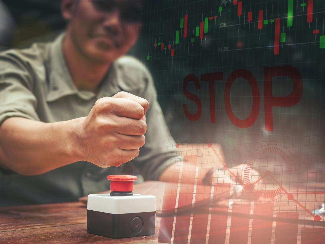 股價漲幅超過100%,但上半年EPS虧損的12檔個股,快看看你踩到雷了嗎?