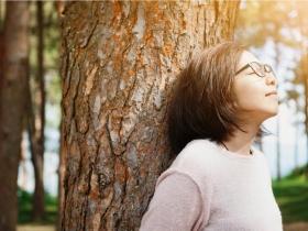 50後的簡單,是滿足、幸福!做到3個「放人生」,放自己和別人生路,讓大家都好