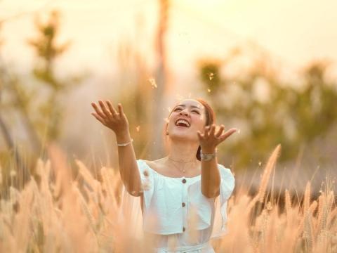 活著每一天,努力成為更好的人!3例子告訴你:做美好的事,來世間這一趟就值得了